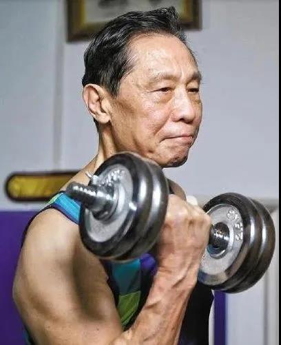 """【绿色与健康】钟南山教你健康抗""""疫"""",运动+好的心态+七分饱!"""