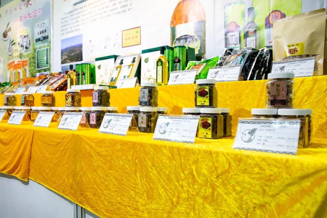 【展商风采回顾】广西田林县八渡笋、山茶油等优质特色产品亮相深圳绿博会